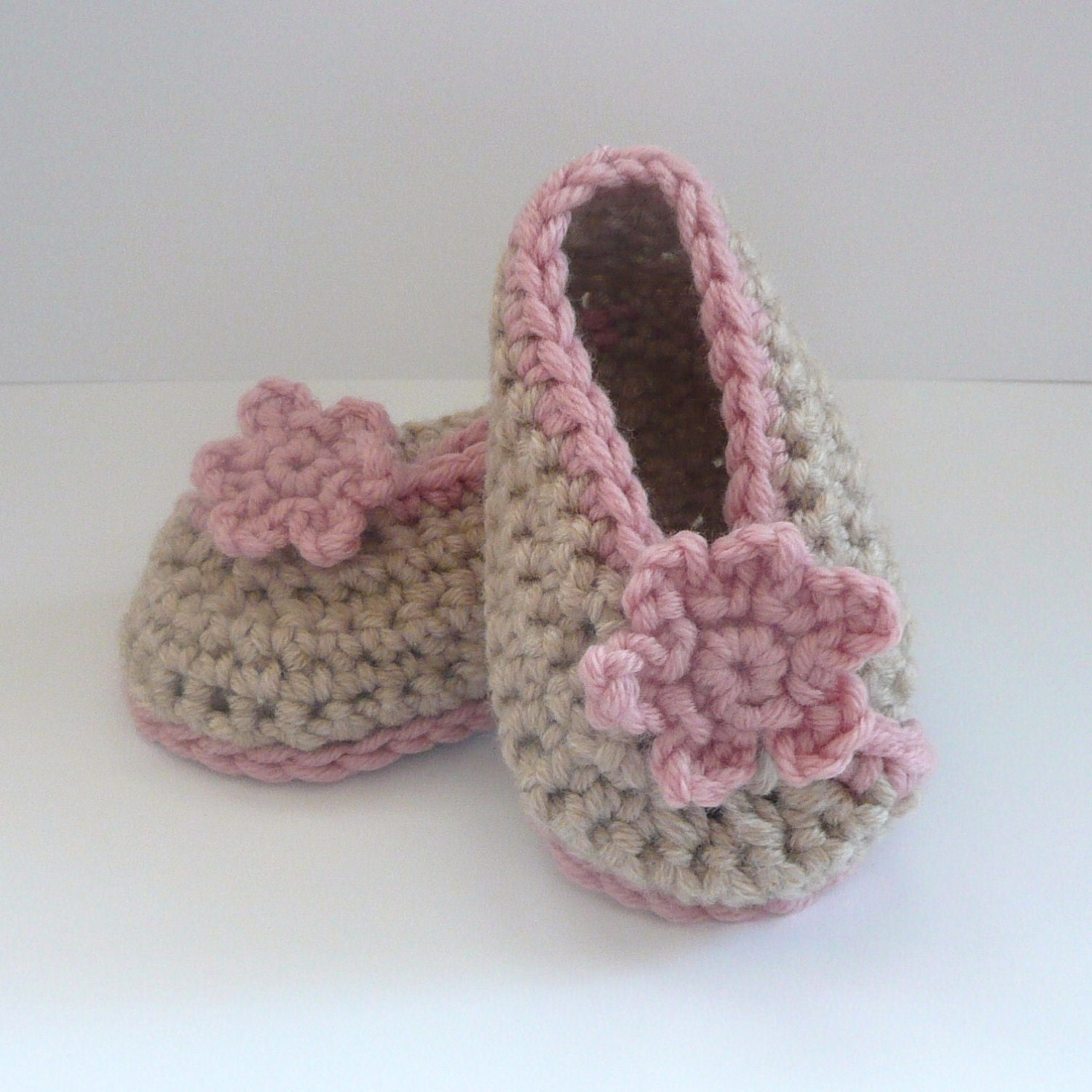 crochet baby shoes instructions